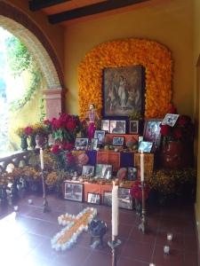 Altar de muertos del Instituto Cultural Oaxaca